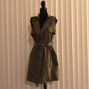 Suede bebe olive green vest size medium